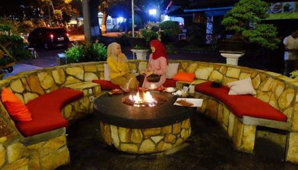 Nih Harga Menu Makanan Di Lokasi Campfire Batu Malang