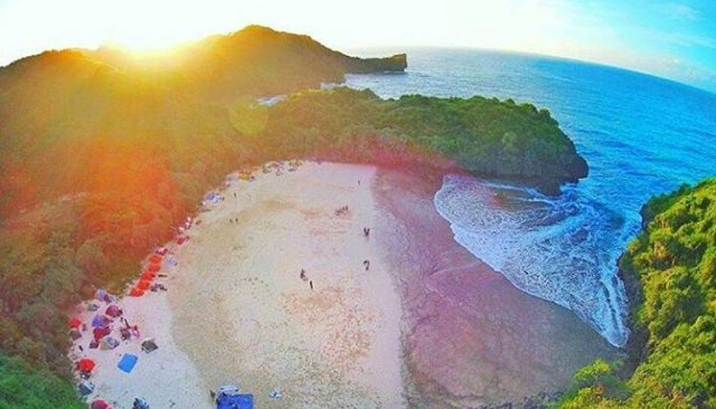 Pantai Terbaru Di Gunung Kidul 2017