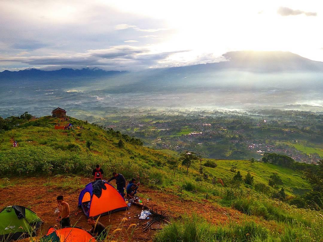 Rute Dan Lokasi Bukit Alesano Bogor