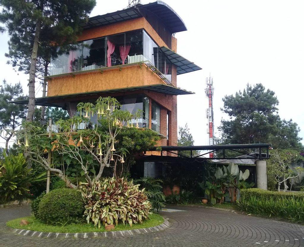 Cafe Di Lembang Bandung