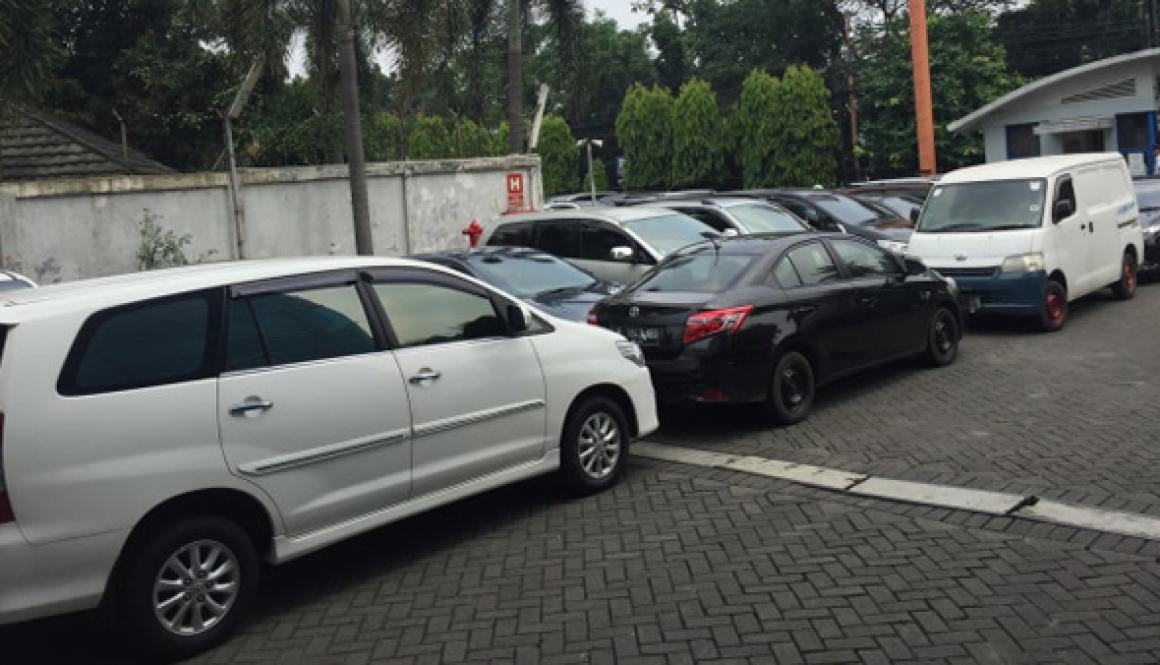 Gambar bisnis rental mobil